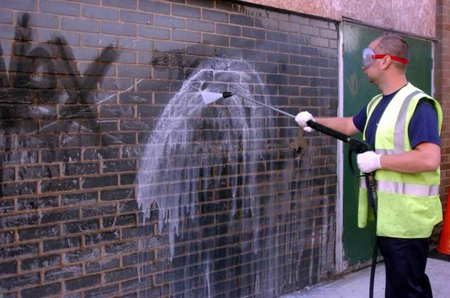 graffiti removal in chino
